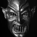 MiniBN_demons