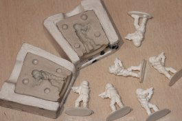 Producción de figuras en resina